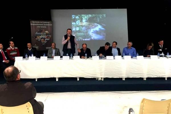 Reunião de Trabalho durante a Fenadoce debate alternativas para a conclusão da BR-116