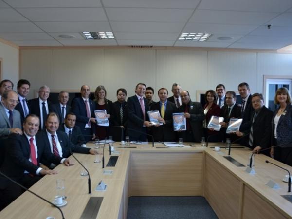Conclusão da BR-116 foi pauta de reuniões em Brasília