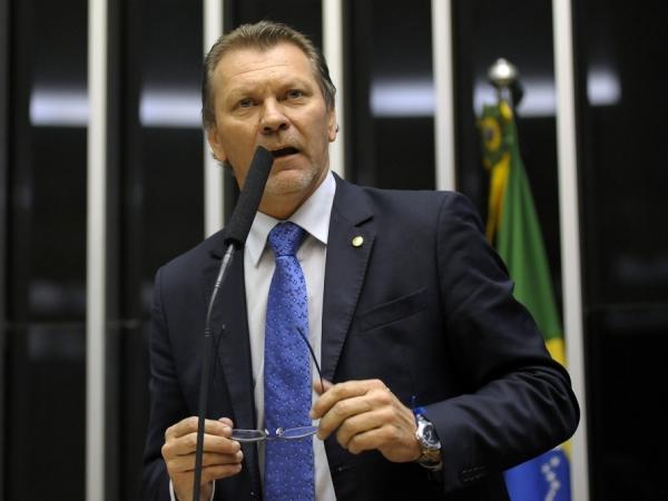 Deputado Afonso Hamm será o novo presidente da Frente Parlamentar de apoio à vitivinicultura