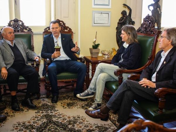 Deputado Afonso Hamm cumpre agenda em Pelotas